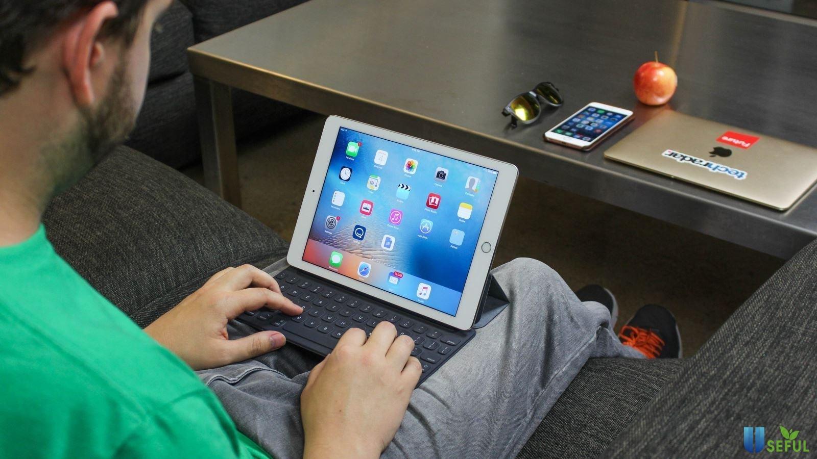 Còn mua iPad sử dụng ở nhà hoặc những địa điểm cố định