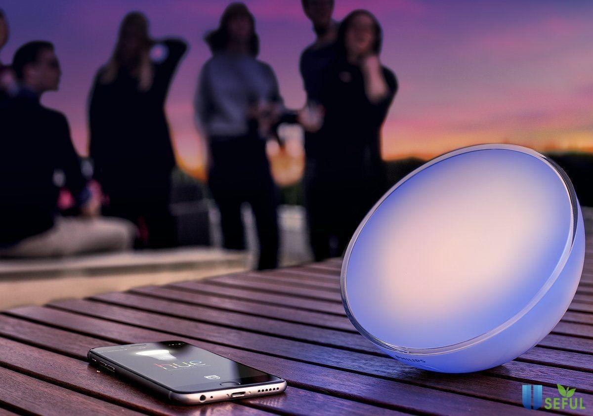 Mang cả công nghệ ánh sáng theo bên mình với đèn Go Portable