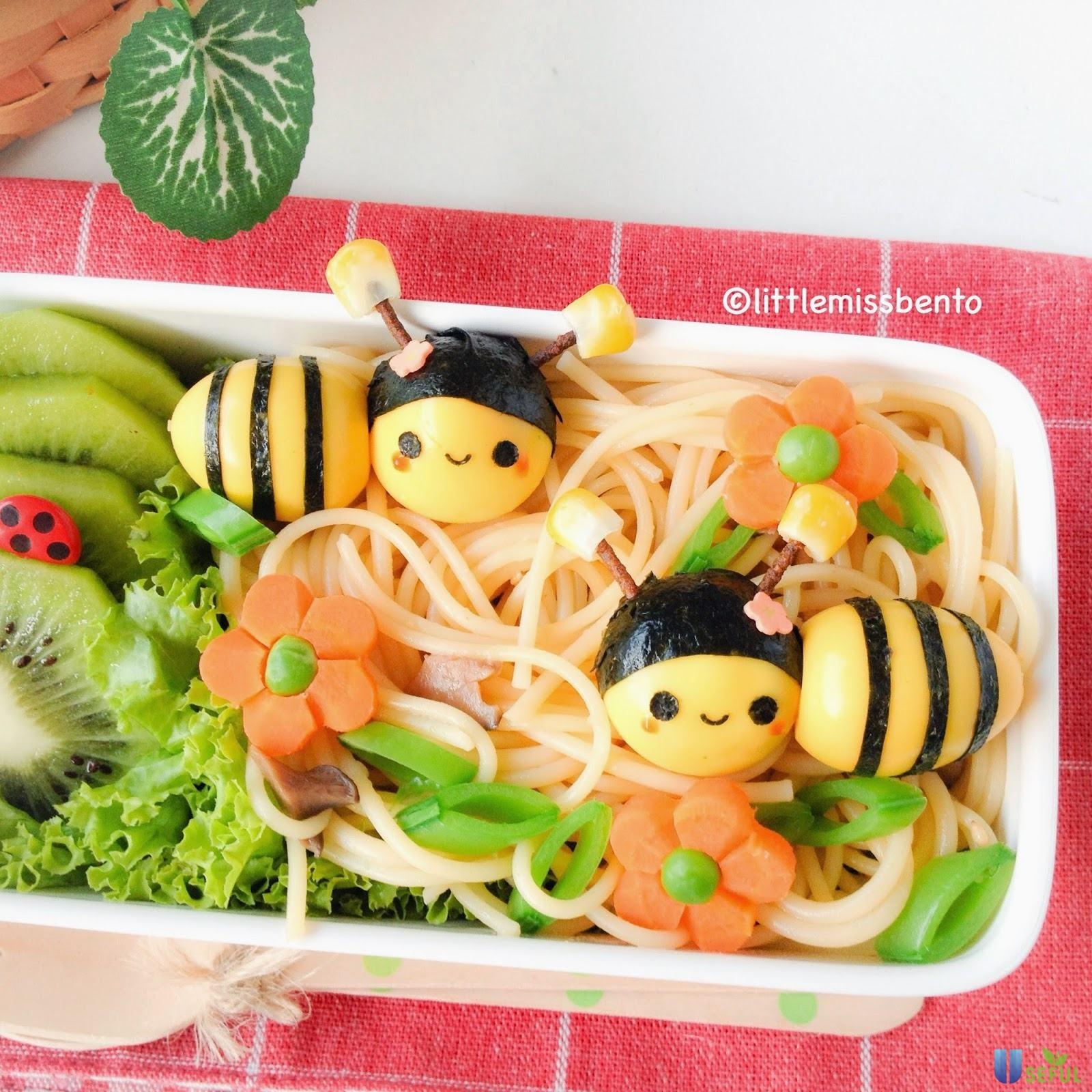 Bento hình con ong
