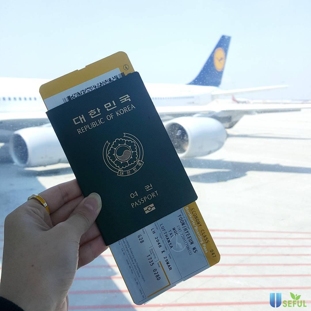 Để đi du lịch Hàn Quốc thì trước tiên bạn phải có visa do Đại sứ quán Hàn Quốc cấp