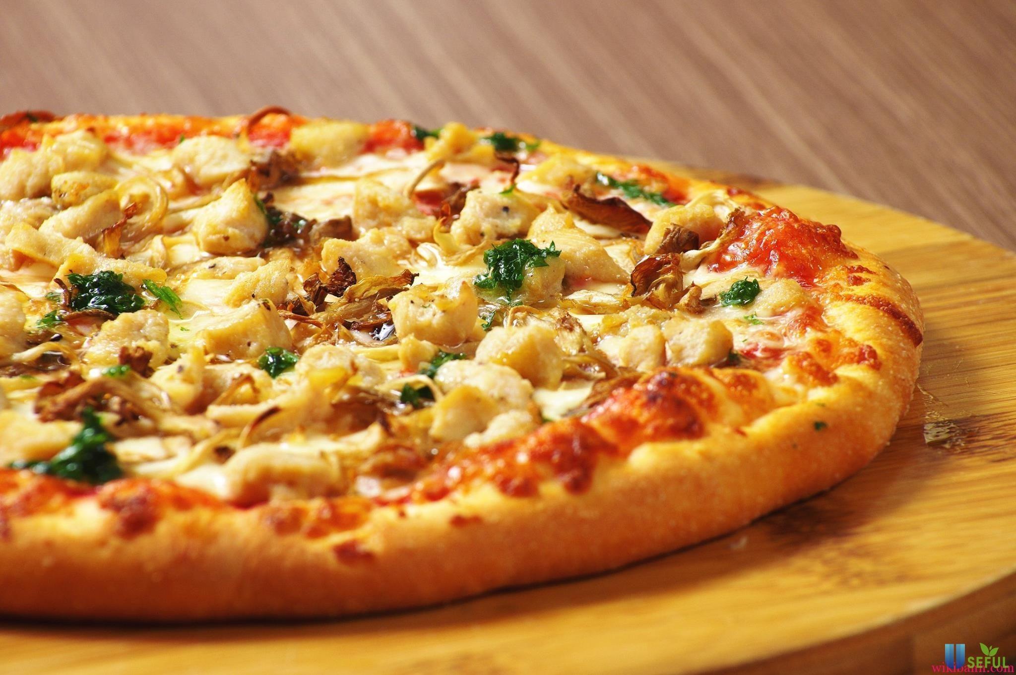 Trổ tài làm bánh pizza cho cả nhà thưởng thức bằng nồi chiên không dầu