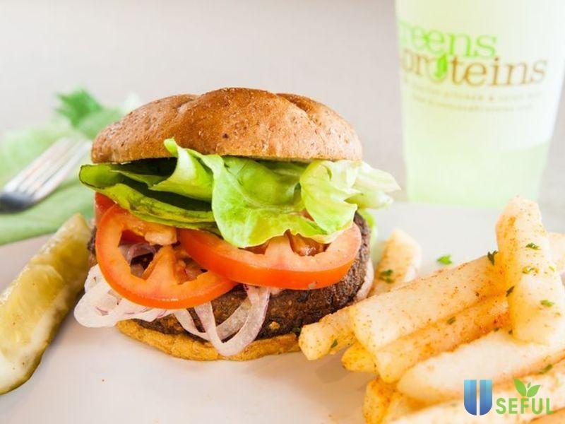 Nếu không ăn kiêng quá khắt khe, bạn vẫn có thể ăn burger nhiều rau và khoai tây