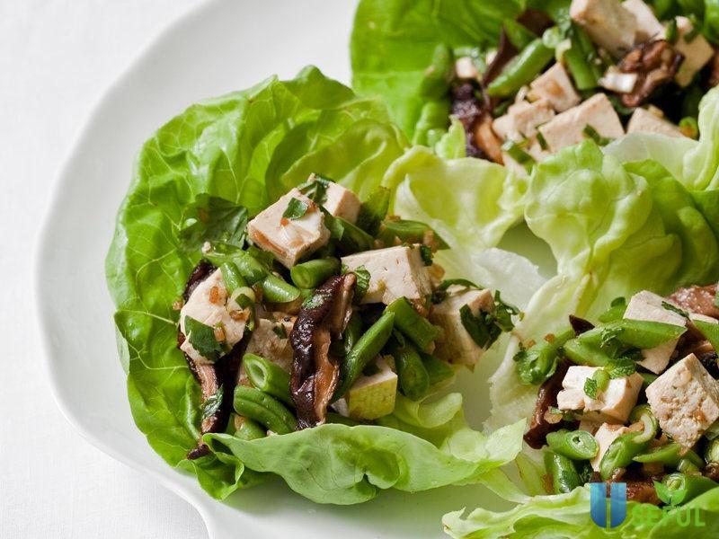 Salad đậu phụ là một món chay đổi mới