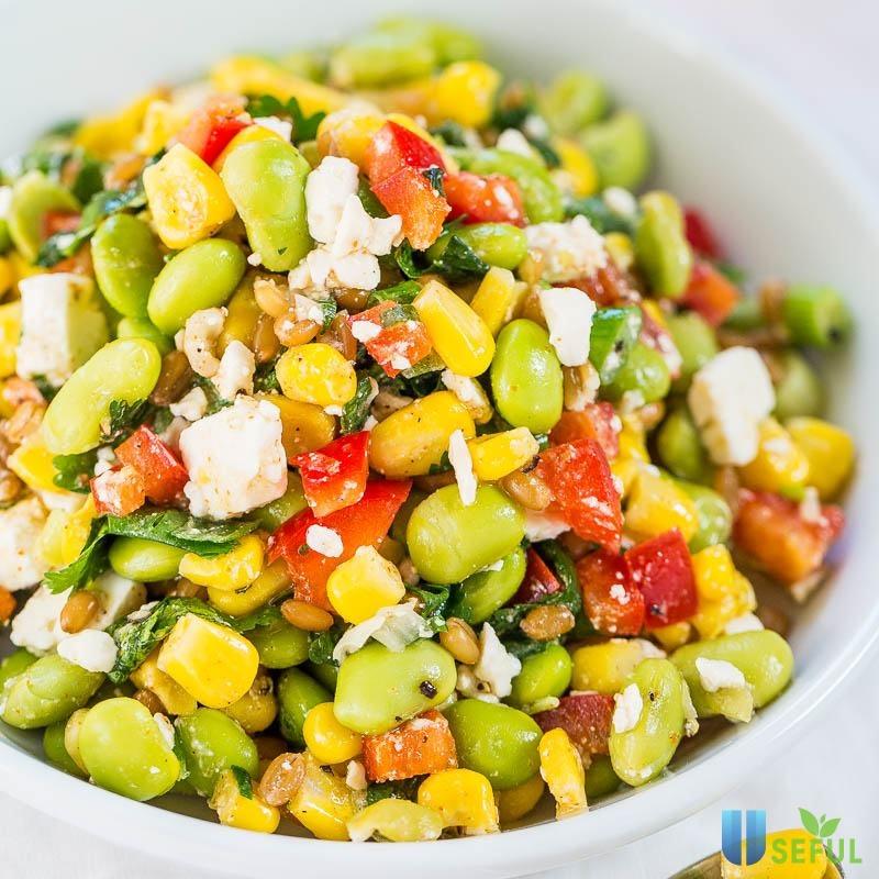 Salad ngô sẽ là món ăn giúp bạn đổi gió trong những ngày tháng giảm cân lấy lại vóc dáng của mình