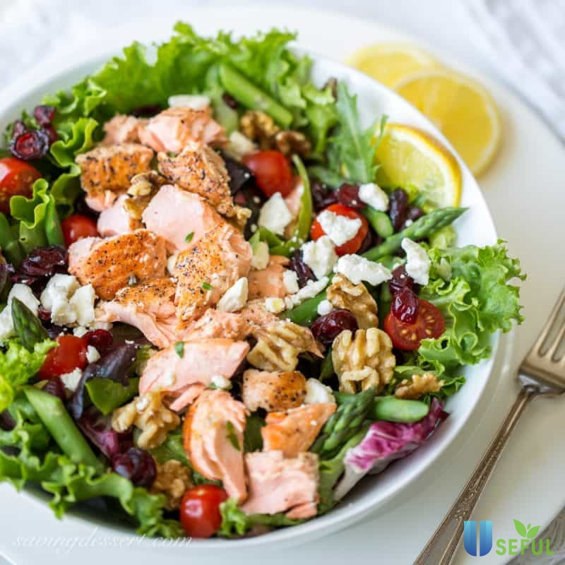 Salad cá ngừ trộn dầu dấm sẽ là một món ăn rất tốt trong thực đơn giảm cân của bạn