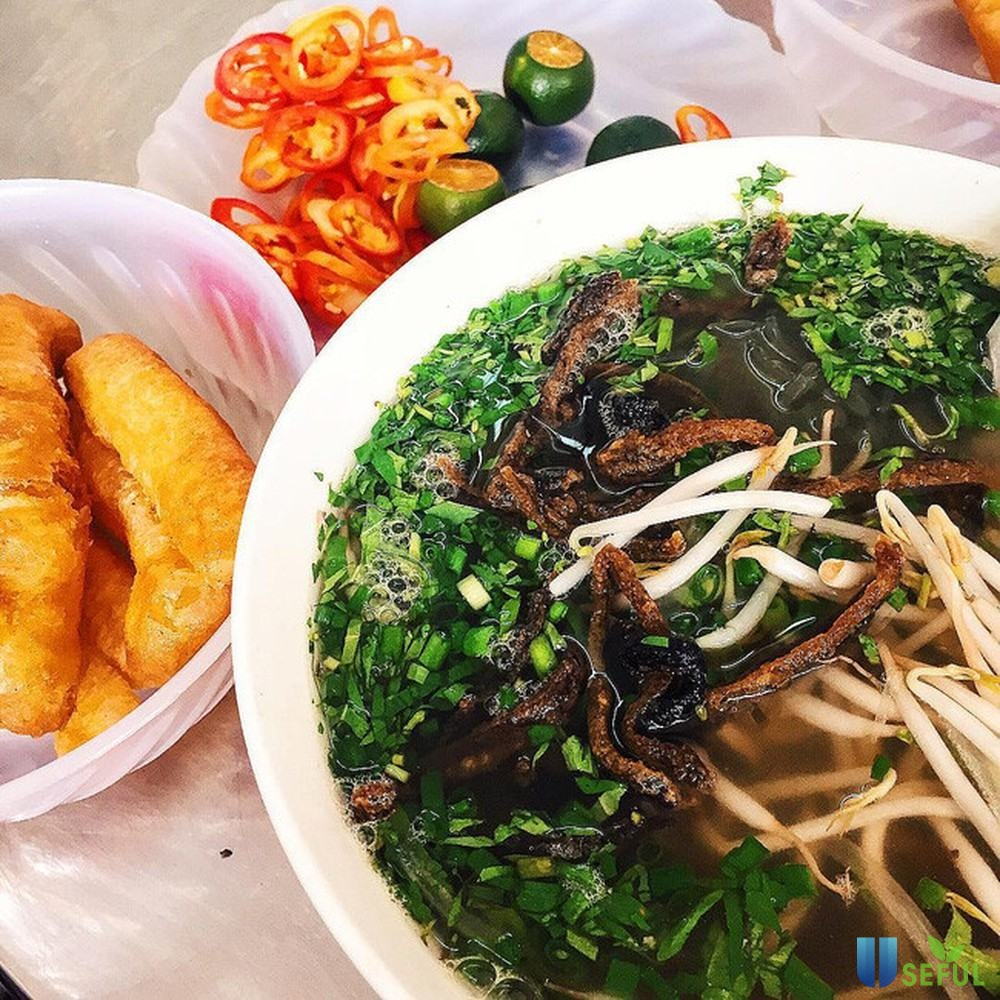Miến lươn nước là món ăn được nhiều người gọi nhất