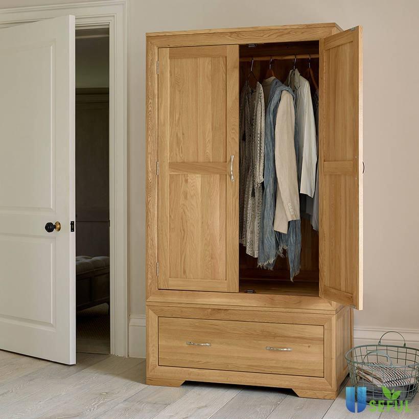 Tủ quần áo được làm từ gỗ sồi trắng cao cấp, có độ bền cao (Nguồn: adayroi.com)