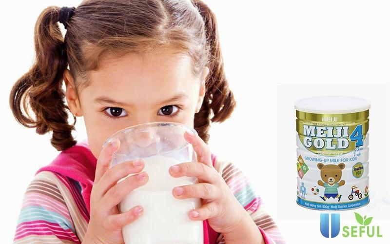 Sữa có vị ngọt nhẹ, kích thích vị giác của bé yêu