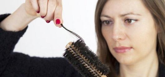 Tóc rụng nhiều phải làm sao? 15 cách kích thích tóc mọc nhanh an toàn