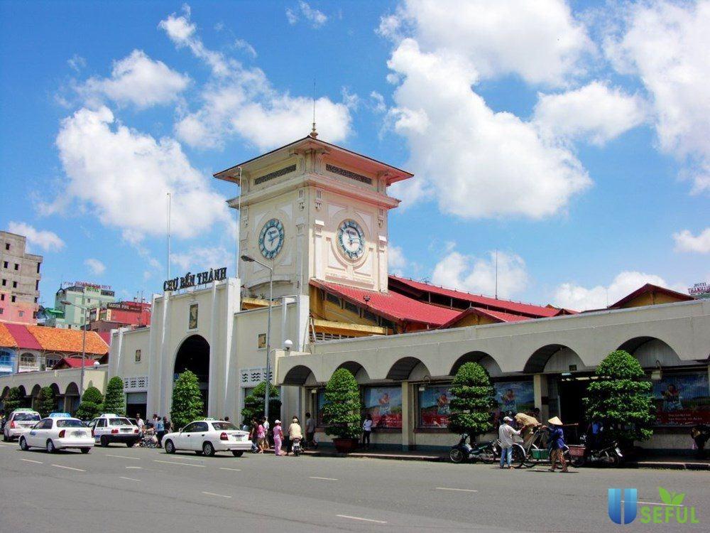 Chợ Bến Thành là một trong các điểm du lịch nên đến ở Sài Gòn