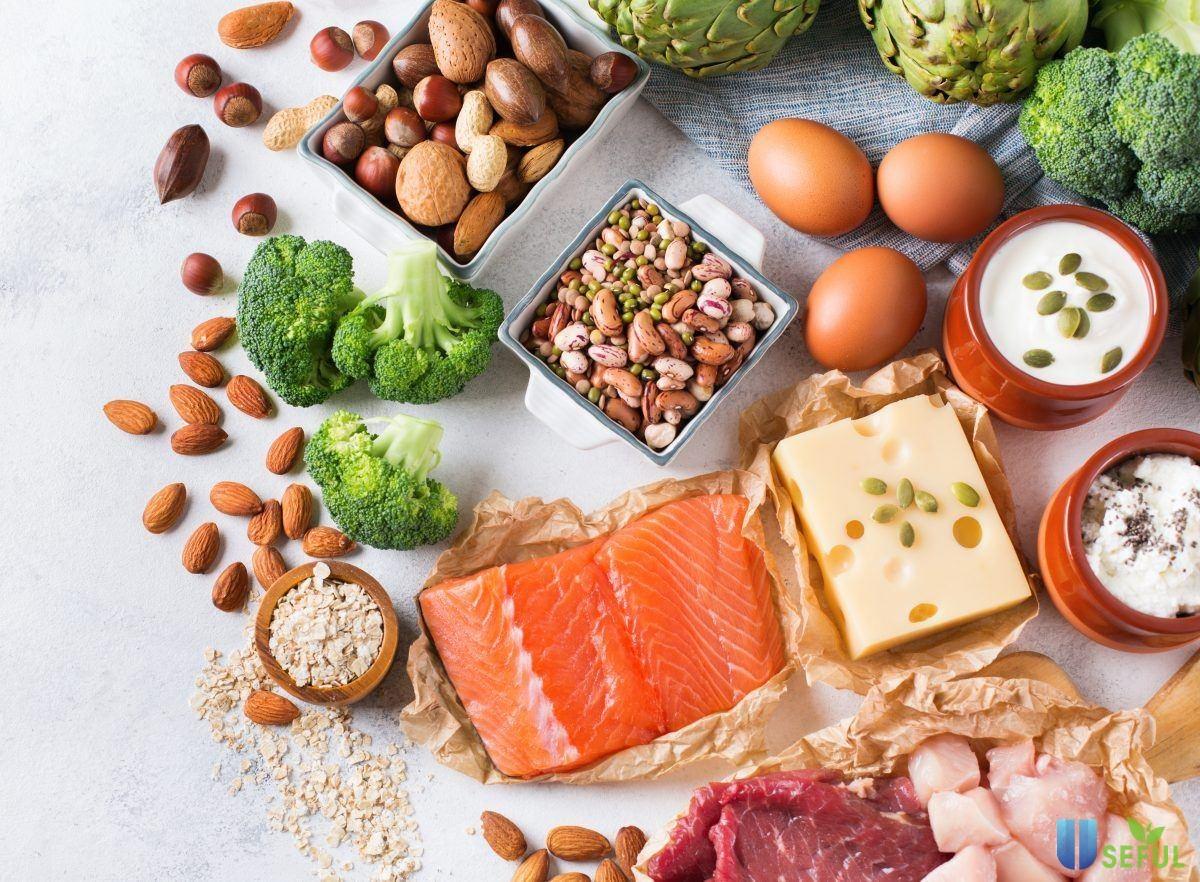 Bổ sung thức ăn giàu đạm và protein để giúp túi thai khỏe mạnh