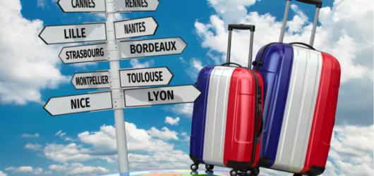 Xin visa đi du lịch Pháp có khó không? Cách chuẩn bị hồ sơ và phỏng vấn