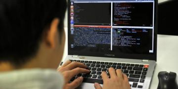 Top 7 laptop cho lập trình viên tốt nhất2020nhỏ gọn tốc độ nhanh