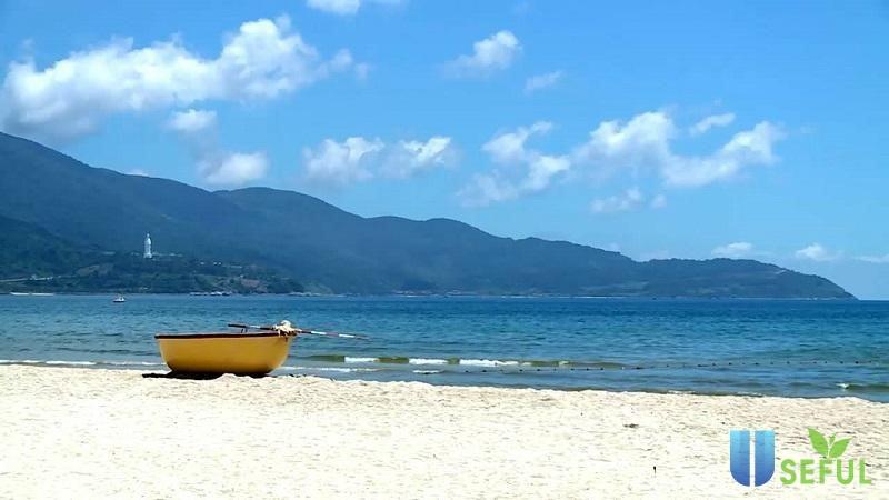 Biển Mỹ Khê - một trong những địa điểm sống ảo ở Đà Nẵng