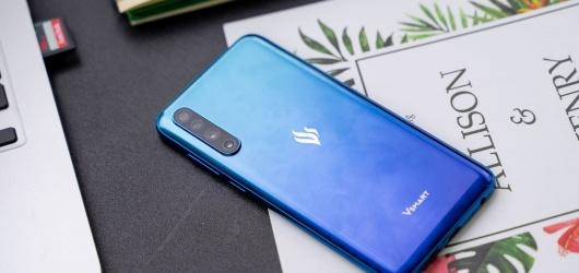 Top 5 điện thoại Việt Nam tự sản xuất phiên bản mới nhất 2021