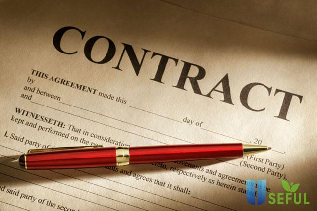 Đọc kỹ hợp đồng thuê phòng trọ trước khi ký