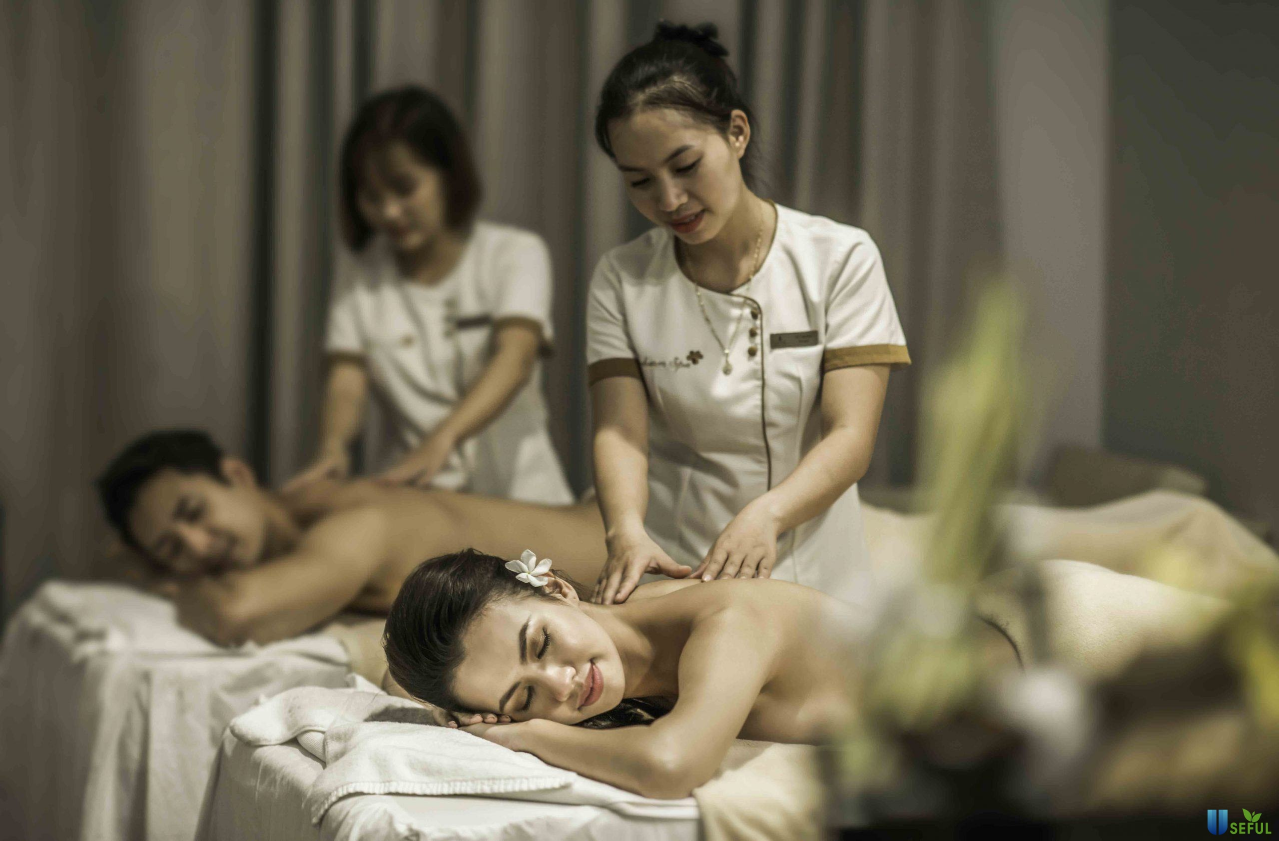 Massage và xông hơi sang trọng