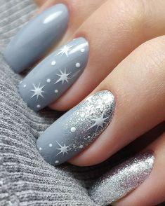 Mẫu nail hình vẽ ngôi sao cách điệu trong dịp giáng sinh 2021