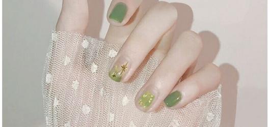 Top 30 mẫu nail Tết Tân Sửu 2021 dành cho học sinh đơn giản có thể tự làm ở nhà