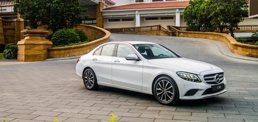 Giá xe Mercedes C180 2021 cũ, lướt, mới tháng 2 2021 bao nhiêu? Thủ tục trả góp Mercedes C180 2021 cũ ở HCM