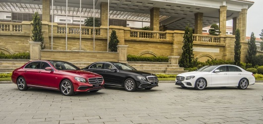 Giá xe Mercedes E200 2021 cũ, lướt, mới tháng 3 2021 bao nhiêu? Thủ tục trả góp Mercedes E Class E200 2021 cũ ở Đà Nẵng