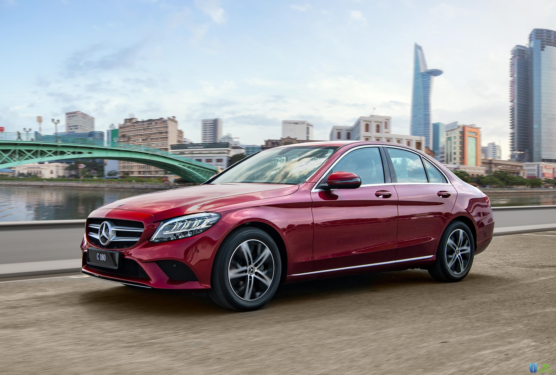 Mercedes C180 giá 1,4 tỷ đồng - VnExpress
