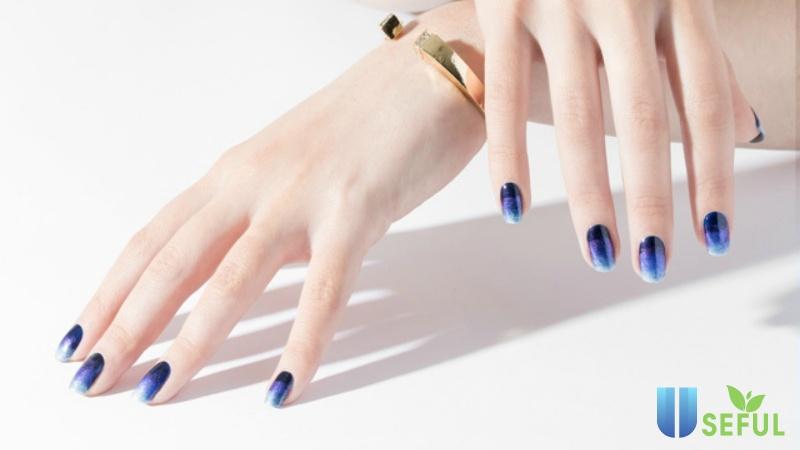 Cách tự sơn móng tay đẹp theo xu hướng Ombré sành điệu | ELLE