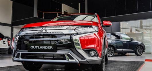 Ưu nhược điểm Mitsubishi Outlander 2020 kèm giá bán tháng 2 2021