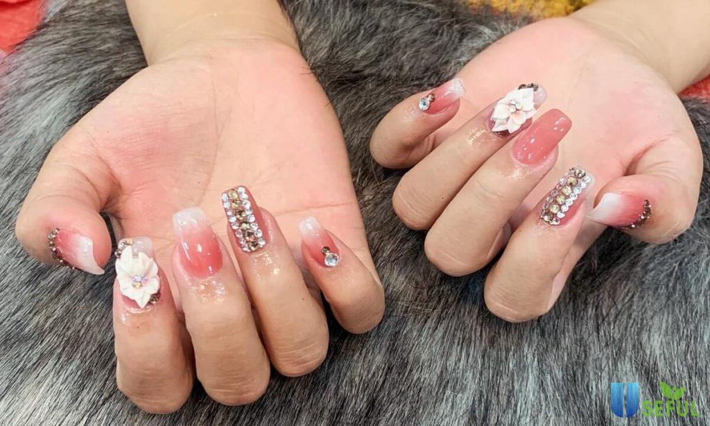 các mẫu nail vẽ hoa