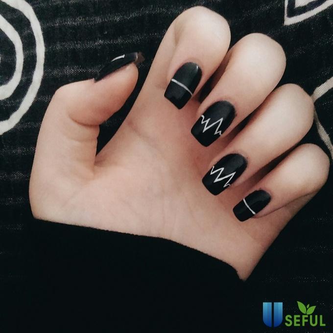 Kết quả hình ảnh cho nails đẹp tráng đen