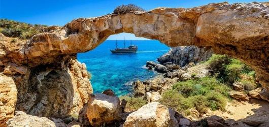 Đảo Síp ở đâu? Năm 2020 đáng để đến Síp định cư hay không?