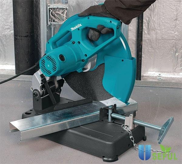Máy cắt sắt dùng pin có tính linh động cao - Dichvuhay.vn