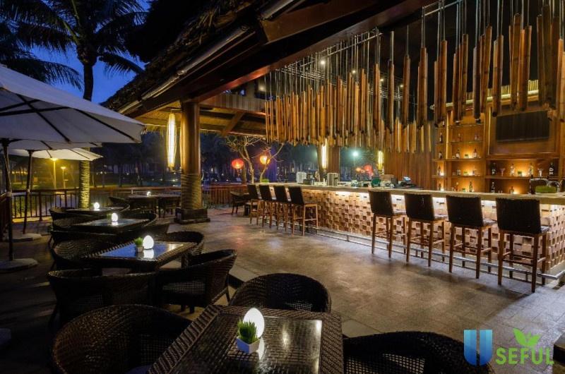 Writer's Bar Vinpearl Luxury ở Vinpearl Luxury Da Nang | Đà Nẵng | Travelmart.vn