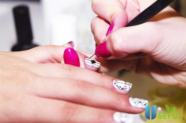 Hướng dẫn học vẽ nail online tại nhà