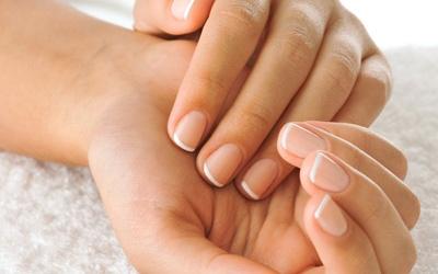 Gợi ý những cách chăm sóc móng tay không bị gãy ngay tại nhà tốt nhất