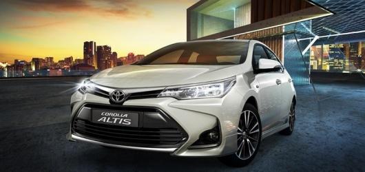 Các đời xe Toyota Corolla Altis