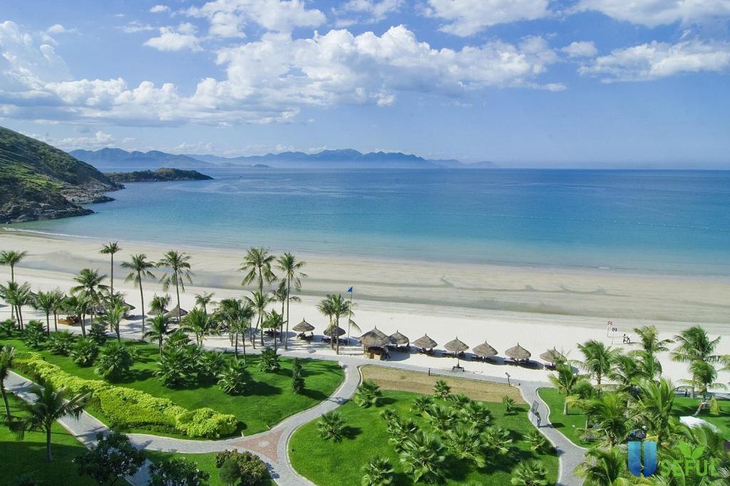 Vị trí đặc biệt của Vinpearl Đà Nẵng 2: Có gì tại bãi biển Non Nước và dãy núi Ngũ Hành Sơn?