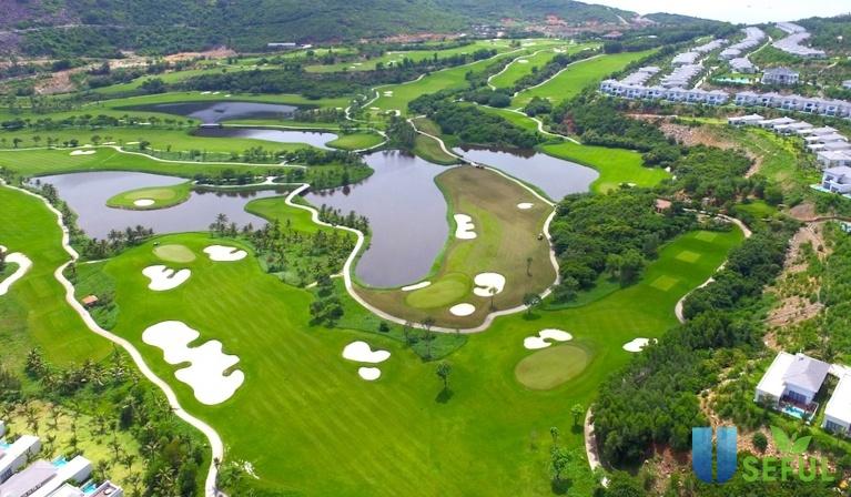 Bảng giá dịch vụ sân golf Vinpearl Phú Quốc Golf & Resort (5 sao)