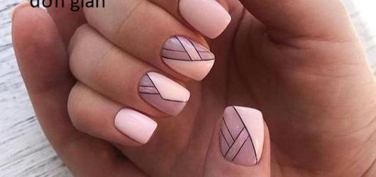 10+Mẫu nail kẻ sọc đầy cá tính dành cho các bạn học sinh