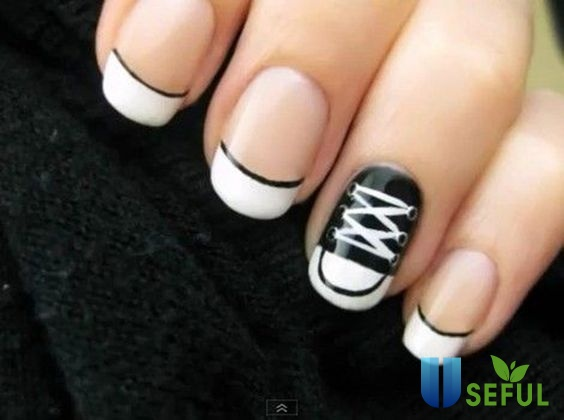 Mẫu nail đen trắng đầu móng cách điệu