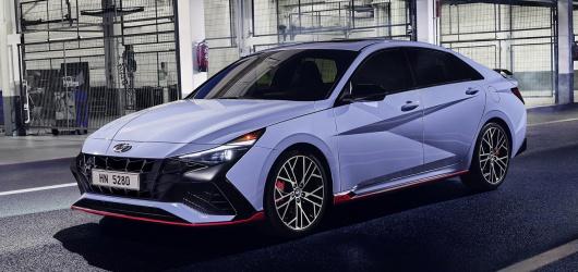 Hyundai Elantra N 2022: Trang bị nhiều tính năng & Hình ảnh chi tiết
