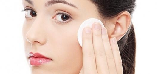 Review những loại kem trị mụn hiệu quả tốt và không gây kích ứng cho da mặt
