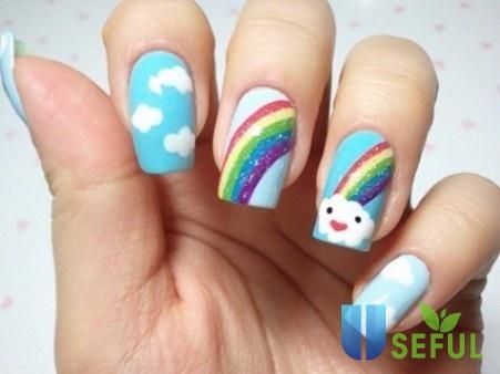 Mẫu nail cầu vồng ấn tượng dành cho bạn gái tuổi teen
