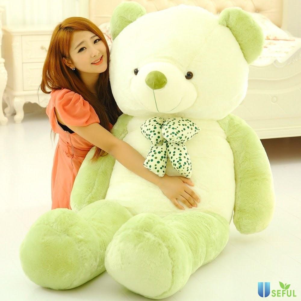 Gấu bông là món quà lãng mạn mang lại nhiều cảm xúc cho phái nữ