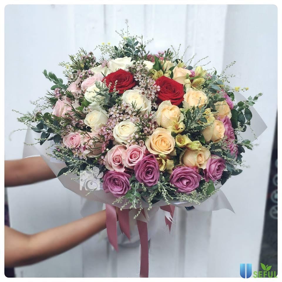 Bó hoa mang đến sự thăng hoa tình yêu và ngọt ngào