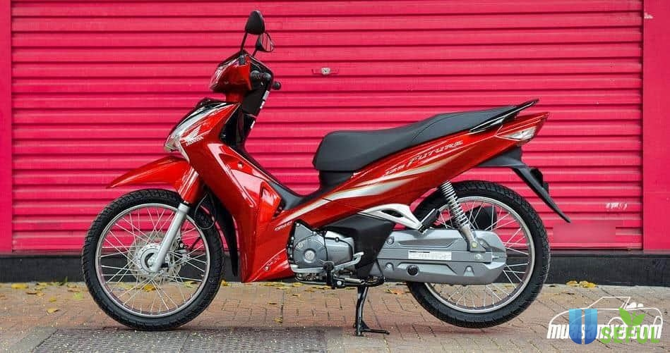 Honda Future màu đỏ đen 2021.